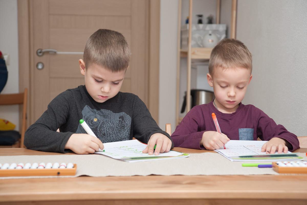 дети на экзамене
