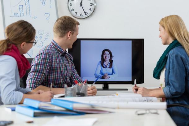 как проходят онлайн курсы по скайпу в группе